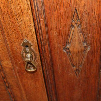 dresser - oak 3