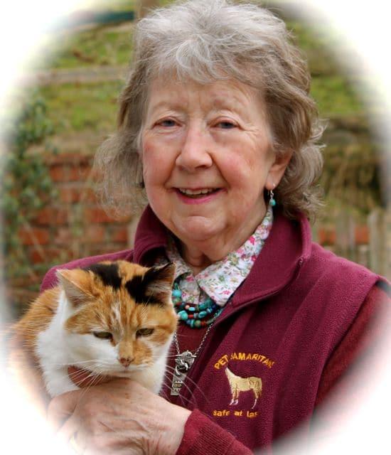 Kat Kabin In Memory of Joan Bentley Pet Samaritan
